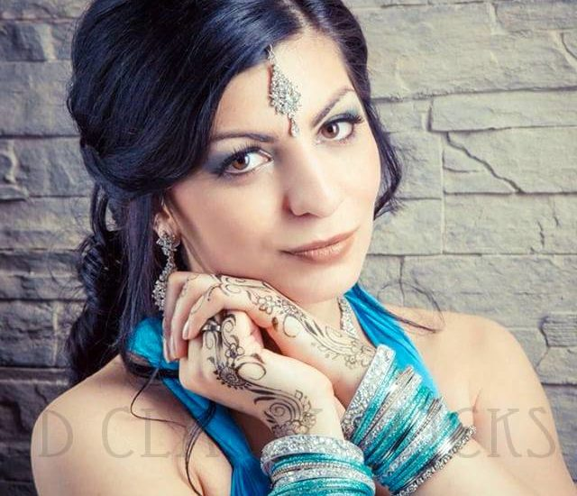 bridal portrait, wedding shoot, signature shoot, mehndi shoot